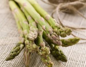 Aiuta la diuresi con gli asparagi