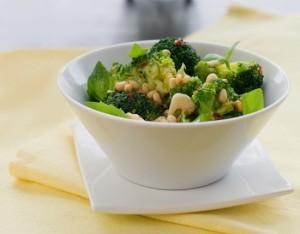 Broccoli con uvetta e pinoli