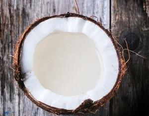Latte, acqua o olio di cocco?