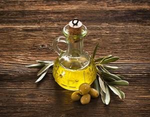 Cosmetici naturali con l'olio extravergine d'oliva