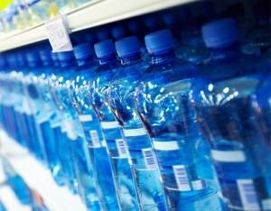 Le etichette  dell'acqua