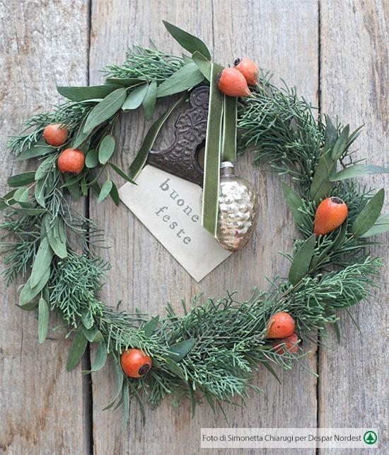 Ghirlanda per le feste fai da te casa di vita - Ghirlande per porte natalizie ...