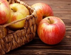 Mela, la dolcezza anti-colesterolo