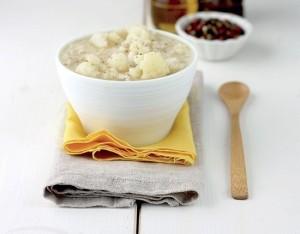 Minestra di riso con cavolfiore e coriandolo