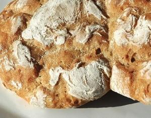 """Il pane """"nero"""" delle Alpi"""