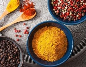Tre mini-ricette con la curcuma e il pepe