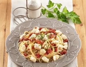 Spaghetti di grano duro con ragù di gallinella