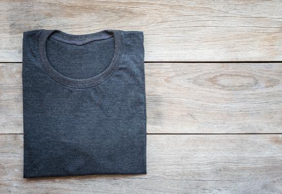 Perché Mark Zuckerberg indossa sempre la stessa t-shirt e come questo può aiutarti a vivere sano