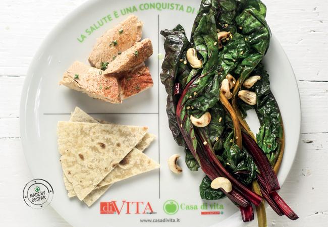 Piatto unico: filetti di tonno alla paprika, biete e piadina integrale