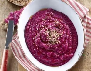 Hummus di cannellini e rapa rossa