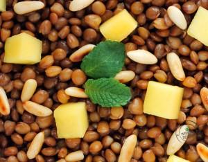 Lenticchie con mango e pinoli