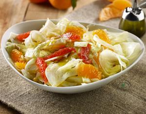 Finocchi e agrumi in insalata