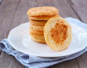 Sandwich dolci con farina di castagne, ricotta e mostarda veneta