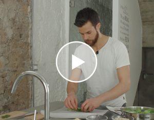 I piatti unici di Stefano: roll di lattuga con salmone, riso integrale e maionese all'aneto