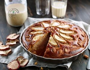 Torta di mele con farina di castagne, mandorle e cannella