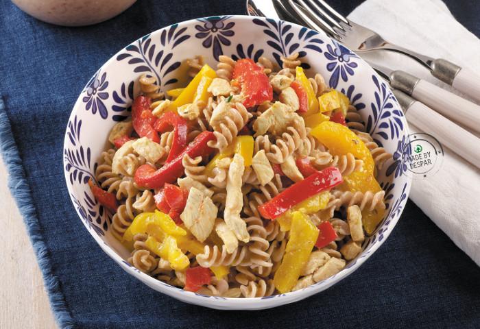 Spirali di farro con pollo e peperoni