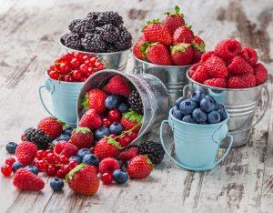 I frutti di bosco: tutti i benefici di mirtilli & co.