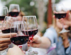 Galateo del vino: 10 consigli per non sbagliare