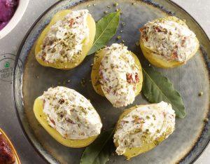 Patate ripiene di pomodori secchi e ricotta
