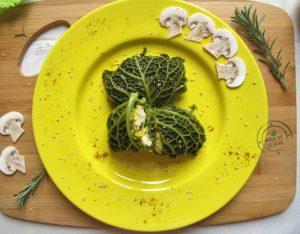 In cucina con la Redazione: come preparare gli involtini di verza ripieni di pollo al curry