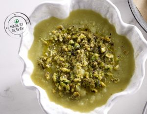 Crema di verza all'anice stellato e pistacchi