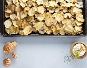 Topinambur al forno con crema all'erba cipollina e lime