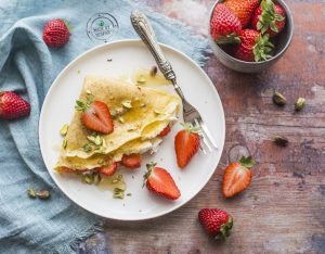 Crepes integrali con ricotta e fragole