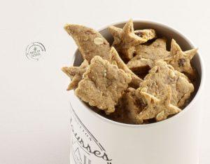Biscotti speziati alle albicocche secche e mandorle