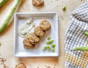 In cucina con la Redazione: come preparare i falafel di fave fresche e semi di lino con crema al gorgonzola