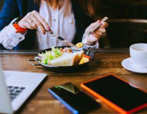 Smart working: gestire la libertà di mangiare bene
