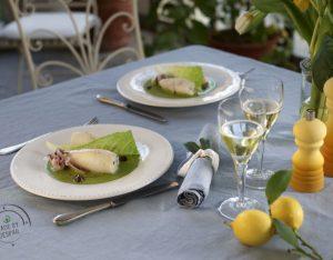Calamari ripieni di ricotta e olive, crema di lattuga allo zenzero