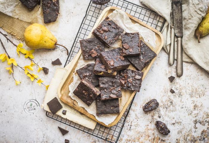 Brownies con cioccolato e pere