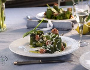Paccheri con spinacini, salsiccia e ricotta affumicata